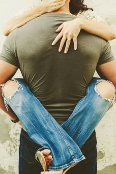 Love this for an engagement photo, Fred is always picking me up like this. So this is absolutely PERFECT!!