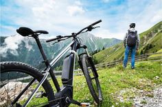 """Are you looking for a high-quality Ebike to zip around with, but don't want to spend an arm on the leg on it? If this is the case, then you have come to the right place. Let's get right to and help you find the best Ebikes under $2000 that the market has to offer. Best Ebikes Under $2,000 Reviews Macwheel 16"""" Folding Electric Bike If you are looking for a small, portable, and lightweight Ebike that is perfect for E Bike Antrieb, Road Bike, Merida, 26 Beach, Cycling Art, Cycling Quotes, Cycling Jerseys, Beach Cruiser Bikes, Folding Electric Bike"""