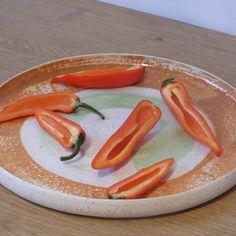 Sharing dish by maisiejonesceramics follow her here: -  https://www.instagram.com/maisiejonesceramics/ and here: - https://maisie-jones.squarespace.com