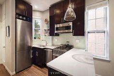 345 W 21st St APT 2C, New York, NY 10011 1 bed 1 bath -- sqft