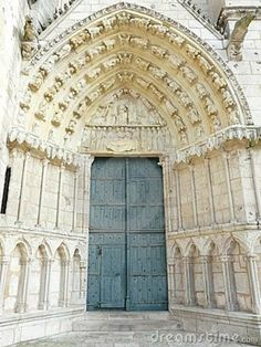Church door with carved stone in Poitiers, France. #WorldBeautifulPlaces #Churches