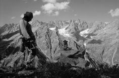 """Un uomo solo sale con passo lento e cadenzato lungo il sentiero che conduce all'alpeggio di Balma Massiet: è Gian Piero Motti. Giunge al pianoro disseminato di massi dalle forme e dalle dimensioni svariate. Si sdraia su uno di questi... [Il link porta all'articolo di Marco Blatto """"Gian Piero Motti e l'invenzione delle antiche sere""""] Mount Everest, Album, Mountains, Nature, Travel, Shape, Naturaleza, Viajes, Destinations"""