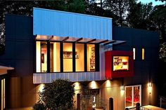 Creative Living Space above the Garage of a Traditional House Social Housing Architecture, Home Developers, Modern Architects, Box Houses, Boutique Homes, Modern Buildings, Steel Buildings, Classic House, Architect Design