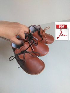 Baby Shoes Pattern - Pattern Baby Booties To Make this Funny Leather Baby Shoes, Sewing Leather Baby Moccasin Pattern, Baby Shoes Pattern, Shoe Pattern, Baby Patterns, Pattern Sewing, Crochet Pattern, Leather Wallet Pattern, Sewing Leather, Leather Baby Shoes
