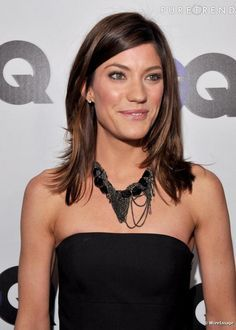 Jennifer Carpenter is perfection. I love this hair length on her.