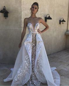 392 nejlepších obrázků z nástěnky Svatební šaty v roce 2019  cdc2e599999