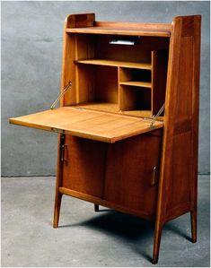 Desk In Living Room, Living Room Modern, Living Spaces, Dream Furniture, Diy Furniture, Furniture Design, Danish Modern Furniture, Mid Century Modern Furniture, Transforming Furniture