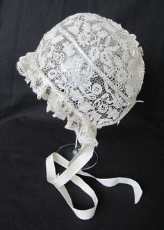 Exquisite Handmade Antique Honiton Bobbin Lace Guipure Christening Baby Bonnet