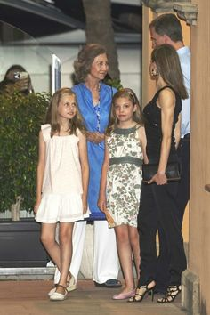 Spanish Royal Family, that is, King Felipe, Queen Letizia and their children Princess Leonor and Infanta Sofia, Former King Juan Carlos and his wife Queen Sofia, Princess Elena of Spain and her children Felipe Juan Froilan and Victoria Federica Marichalar
