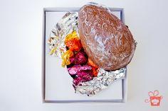 Ovo 500g - casca feita com chocolate ao leite ou crocante recheado de palhas italianas.
