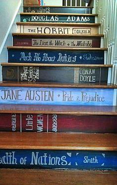 Une déco escalier en bois originale peinture