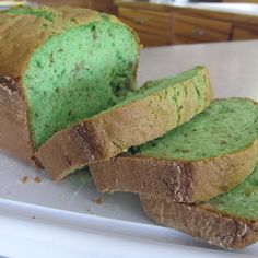 Pistachio St.Patrick's Day Bread