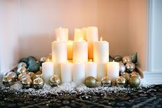 Heavenly Holiday: Dazzling Desserts & Decor // Hostess with the Mostess®
