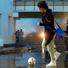 Blue jeans pehan ka ana plzz kk byy i love u dear Bollywood Celebrities, Bollywood Actress, Tiger Shroff Body, Tiger World, Tiger Love, Best Hero, All Black Looks, Disha Patani, Hrithik Roshan