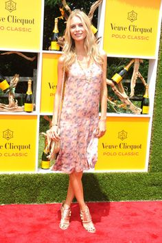 Poppy Delevingne in Givenchy Heels at the Veuve Clicquot Polo Classic - read more on ellelush.com