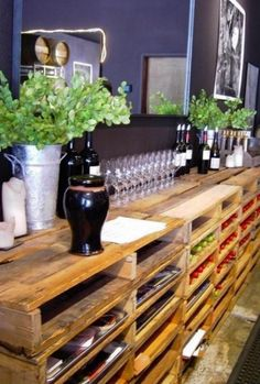pallet wine racks http://www.squidoo.com/reading-wine-bottle-labels