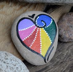 Rainbow Heart. Painted rock by BeachMemoriesByJools on Etsy