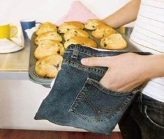 Turn old jeans into pot holders. Genius!