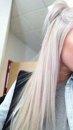Trendy Hair Long Grey Platinum Blonde - Hair Tips Spring Hairstyles, Cool Hairstyles, Wedding Hairstyles, Blonde Hair Looks, Blonde Hair Makeup, Platinum Blonde Hair, Platinum Blonde Highlights, Silver Blonde, Pinterest Hair