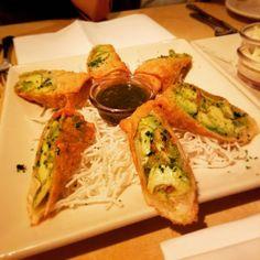 gathering @cheesecakefactoryhk  amazing night as usual! It was great to c u guys again I had so much fun! . . #foodpics #foodrepublic #foodporn #foodoftheday #igfoodie #igfood #instafood #food #foodstagram #foodlover #foodblogger #hkig #igers #hkfood #相機食先 #hkfoodie #instafood #foodstagram #吃貨 #foodie #foodpic #foodgasm #hkfoodies #美食 #delicious #一路食一路post #hkgirl #hkiger #crabcakes #salad #tasty