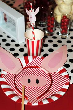 Olivia the Pig Birthday Party Ideas | Photo 15 of 18 | Catch My Party