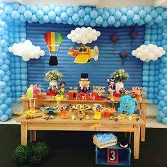 Linda festa para o Miguel A mamãe escolheu minhas peças para compor essa decoração e também escolheu o avião e o Balão. Ficou bem colorida e linda. #festamundobita  #bita #festabita #mundobita  #decoracaobita