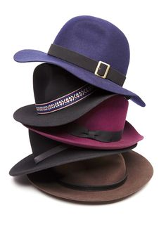 The novelty band around this statement hat brings your outfit to five-star status every time.