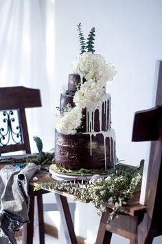 Non-Traditional Wedding Cakes – Drip Cakes - El Ciervo   CHWV