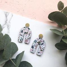 the coolest geometric earrings. Statement Earrings, Drop Earrings, Perfume Packaging, Terrazzo, Etsy Earrings, Unique Gifts, Geo, Etsy Shop, Unique Jewelry