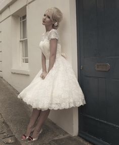 Short Lace Wedding Dresses Short Sleeves Bridal Gowns on Luulla