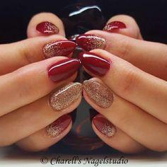 42 Christmas Nails Red And Gold Glitter Nailart Tips 61 Red Gel Nails, Red And Gold Nails, Dark Red Nails, Rose Gold Nails, Red Gold, Red Nail Art, Nail Nail, Dark Nails With Glitter, Golden Nails
