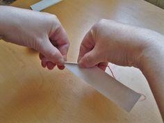 Тонкие бумажные трубочки для плетения кукольной мебели | Страна Мастеров