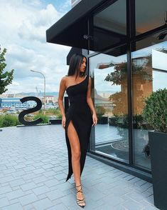 Muslimah Fashion Tips .Muslimah Fashion Tips Prom Dresses For Sale, Mermaid Prom Dresses, Cute Dresses, Evening Dresses, Elegant Dresses, Formal Dresses, Designer Bridesmaid Dresses, Designer Dresses, Fashion Tips For Women