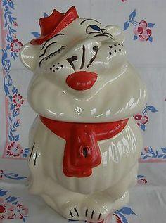 Old Belmont lion cookie jar 1940s by Ludowici