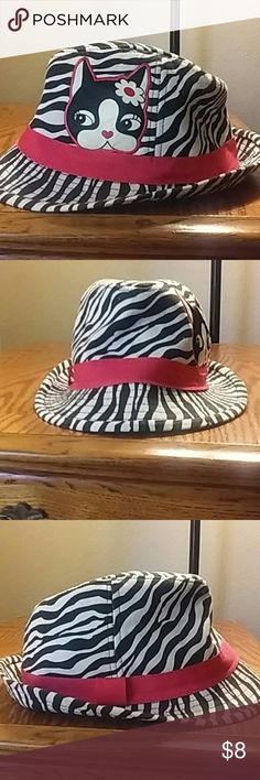 Zebra stripes cat hat Good condition Black white and pink Cat detail Better for a smaller head Accessories Hats