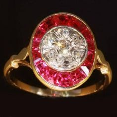 Vintage ruby ring diamonds gold setting oval shaped 1930s jewelry (Europe-Belgium-Antwerp)