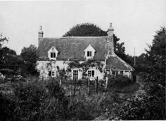 Peppard Cottage... I would LOVE to have a cottage like this.