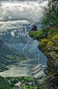 Geiranger Fjord - Flydalsjuvet, Norway