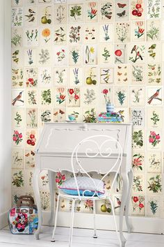 Botanical Paper Wall Power By Pip StudioColour Antique CreamThe Pip Studio Wild Flowerland wallpower features a s and will add a stylish touch to any home. Botanical Decor, Botanical Wallpaper, Botanical Prints, Pip Studio, Paper Wallpaper, Wall Wallpaper, Sweet Home, Diy Home Decor, Room Decor