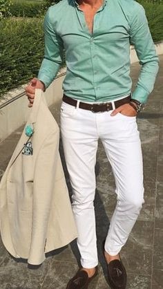 mens_fashion - Men's summer fashion White pants with button down shirt mensfashion summer summervibes menstyle menswear bespoke Mens Fashion Suits, Mens Suits, Blazer Outfits Men, Designer Suits For Men, Moda Casual, Herren Outfit, Sport Chic, Suit And Tie, White Pants