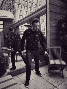 Ross Marquand (@RossMarquand)   Twitter Ross Marquand, Walking Dead Cast, On Set, It Cast, Punk, Eyes, February 22, Twitter, Fashion