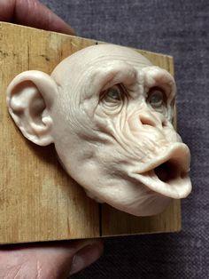 Sculpture Head, Paper Mache Sculpture, Lion Sculpture, Art Folder, Indian Artist, 3d Wall Art, Animal Heads, Pottery Studio, Skull And Bones