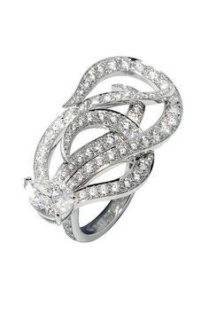 Van Cleef & Arpels - Cleita ring by Van Cleef & Arpels, via Flickr