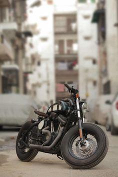Harley Davidson Indian 2 740x1110 Harley Davidson 883 by TJ Moto