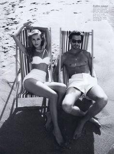 I love highwaisted bathing suits!