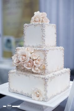 Bridal fantasy Edmonton 2013, cake couture - edible art