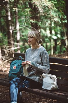 The Weekender Knitting pattern by Andrea Mowry Weekend Hiking, Brooklyn Tweed, Baby Scarf, Crochet Fall, Marled Sweater, Christmas Knitting Patterns, Paintbox Yarn, Red Heart Yarn, Arm Knitting
