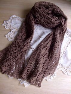crochet scarf made with Irish linen yarn. from Japanese crafter's blog.