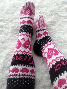 Crochet Slipper Boots, Knitted Slippers, Knit Mittens, Crochet Slippers, Knitting Socks, Knit Crochet, Knit Socks, Woolen Socks, Sock Crafts