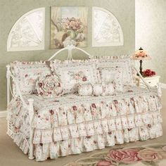nydia daybed set in multi daybed ensembles pinterest daybed daybed bedding and daybed sets